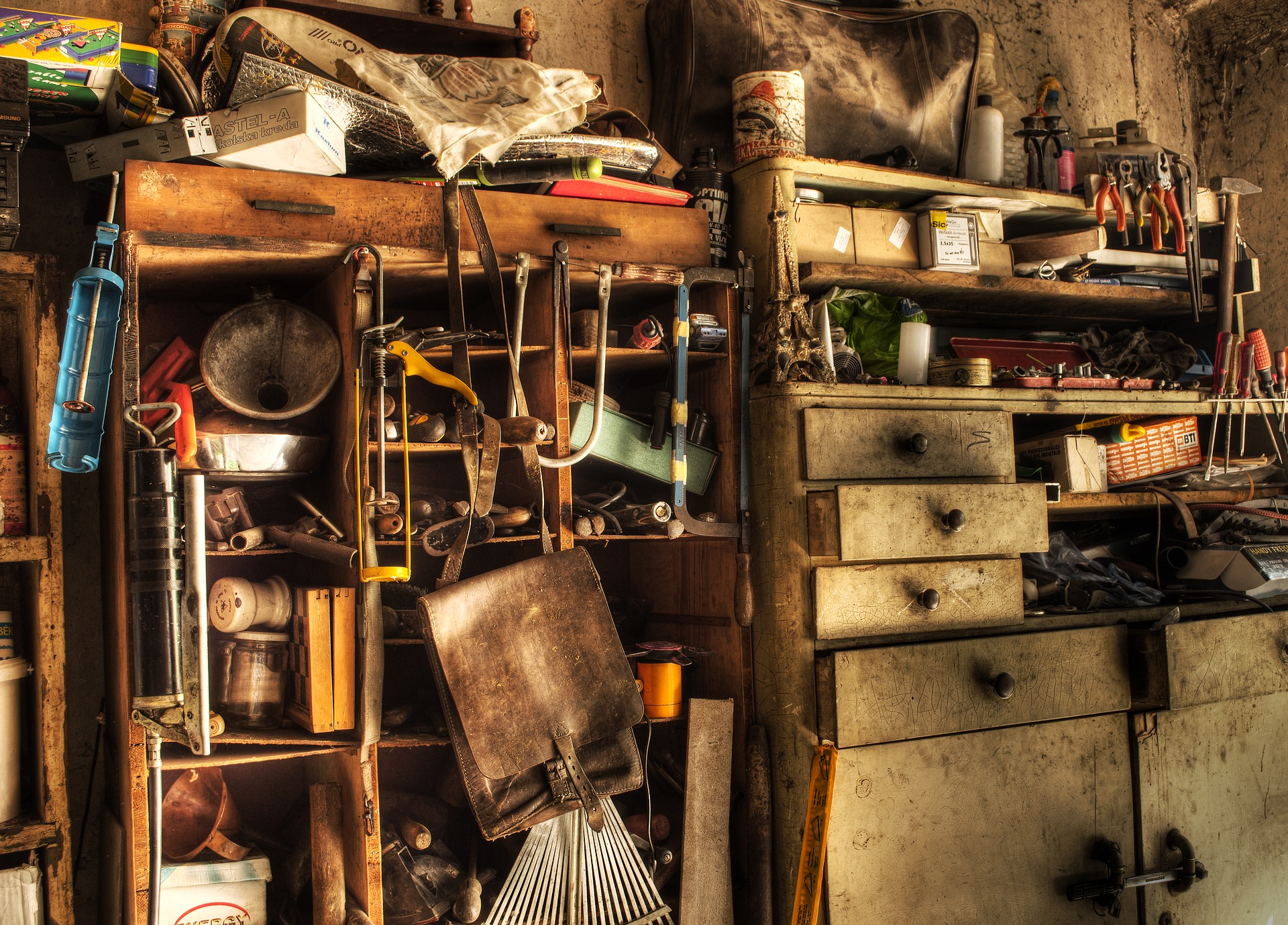 Hoarding Cleanup Photo by Deedee86 on Pixabay